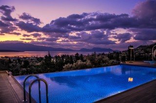 location villa kastro pool view